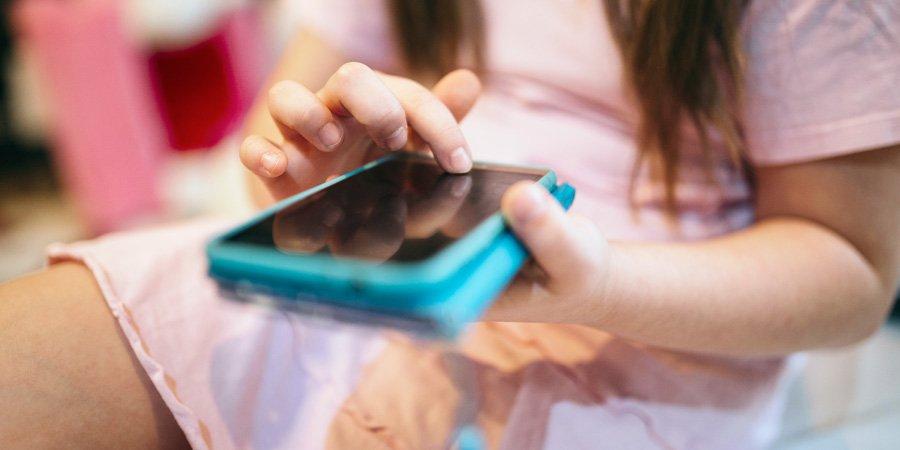 El 'grooming' o ciberacoso sexual de menores y sus consecuencias penales
